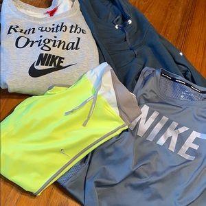 Nike Bundle 4